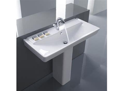 installer un lavabo de salle de bain