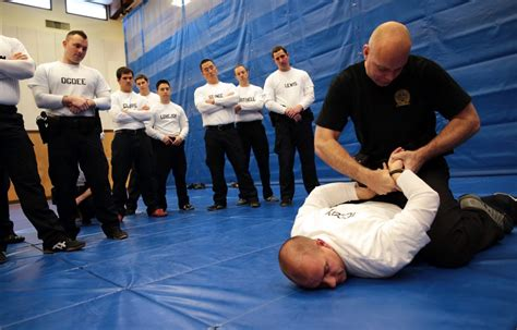 New Style Of Police Training Aims To Produce 'guardians