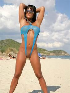 String Bikinis - Micro Bikinis
