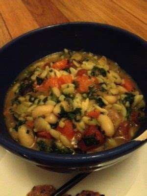 minestrone soup   spaghetti factory nurtrition