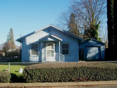 houses for rent in medford oregon 420 western ave medford or 97501 is recently sold zillow