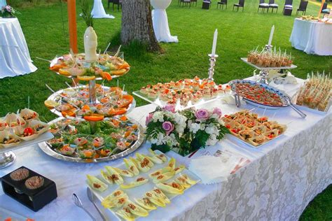 A Budget Uk Finger Articles Easy Weddings Wedding Wedding Menu Ideas Buffet Finger Food Articles