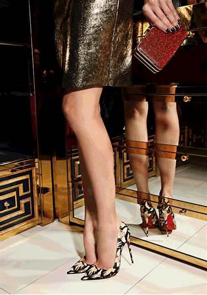 Louboutin Pumps Kate Christian Satin Heels Hands