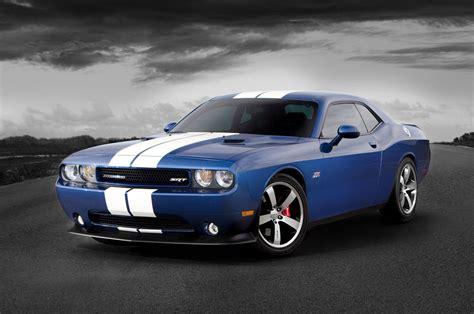 Chrysler and Dodge: dodge challenger srt 8