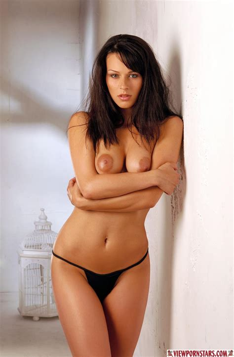 See Hot Sexy Nude Models Feature Brought To You By Viewpornstars