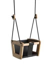si ge b b pour balan oire 17 meilleures idées à propos de balançoire en bois sur