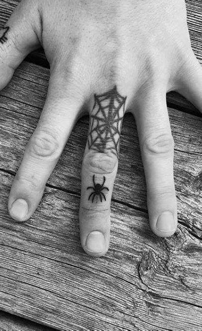 150 Unique Small Tattoos for Men – Tiny Tattoo Designs