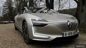 Jeux De Voiture Renault : renault symbioz demo car la voiture autonome de niveau 4 est une r alit les num riques ~ Medecine-chirurgie-esthetiques.com Avis de Voitures