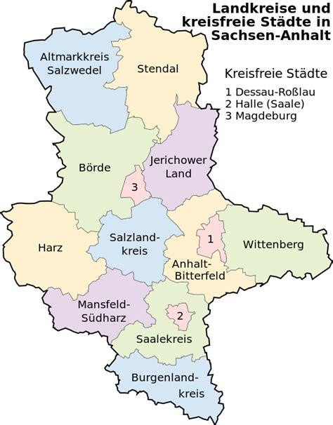 Bundesland sachsen ➤ hier im wikipedia der bundesländer ➤ einwohner, klima, gewässer, feiertage, sehenswürdigkeiten, berühmte personen und vieles mehr. File:Landkreise Sachsen-Anhalt.svg - Wikimedia Commons