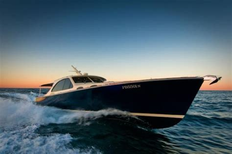 Yacht Urban Dictionary by Picnic Boats Vs Express Cruisers Yachtforums The World