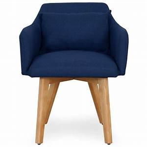 Fauteuil Bleu Scandinave : chaise scandinave avec accoudoir tissu bleu kendi ~ Teatrodelosmanantiales.com Idées de Décoration