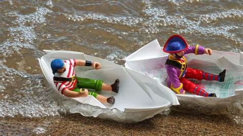 How To Make A Boat Diy by 14 Excellent Ways On How To Make A Paper Boat