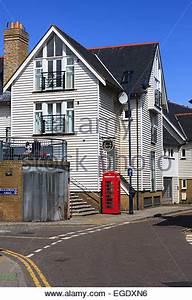 Viktorianisches Haus Kaufen : wei e holz verkleideten h user whitstable kent england vereinigtes k nigreich stockfoto ~ Markanthonyermac.com Haus und Dekorationen