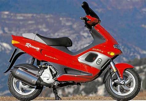 gilera runner 125 fx the gilera 125 at motorbikespecs net the motorcycle specification database
