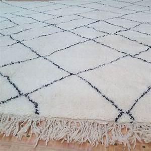 tapis berberes beni ouarain tapis marocains marrakech With tapis berbere avec ou acheter canapé cuir
