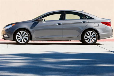 Will this possibly be engine recall related? 2013 Hyundai Sonata VIN Check, Specs & Recalls - AutoDetective