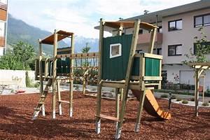 spielturm holzhof kaluba kletterturm mit brucke mit With französischer balkon mit garten kinderspielgeräte