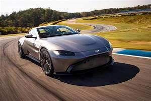 Aston Martin Vanquish 2018 : the new 2018 aston martin vantage revealed in pictures by car magazine ~ Maxctalentgroup.com Avis de Voitures