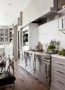 Einrichtung Kleine Küche : die magnolia farbe in 100 bildern ~ Sanjose-hotels-ca.com Haus und Dekorationen