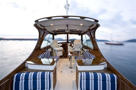 Hinckley Style Boats by Picnic Boat 37 Mkiii Hinckley Yachts