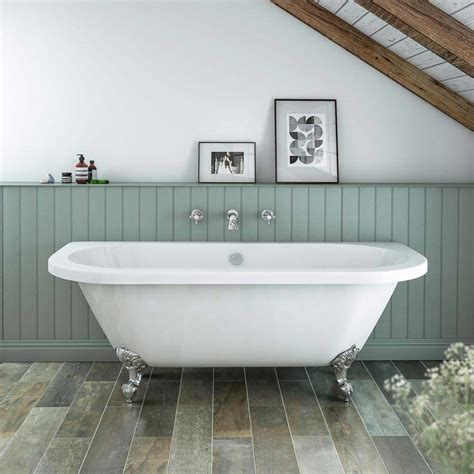 Newbury Traditional Backtowall Roll Top Bath Suite At