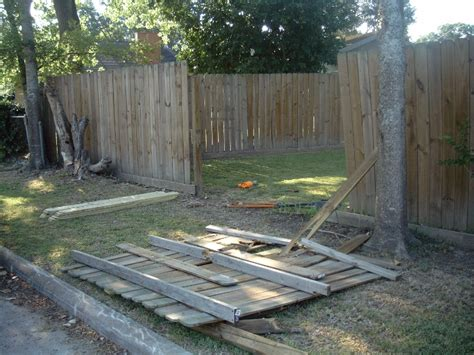 wooden fence repair cleaning staining  good   llc