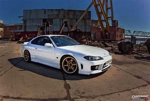 Stanced Nissan Silvia S15