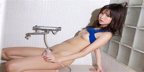 Gravure Gadis Belia Jepang Toket Montok Smp