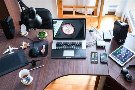 bureau d ude ectronique image libre la technologie le bois le travail tasse de