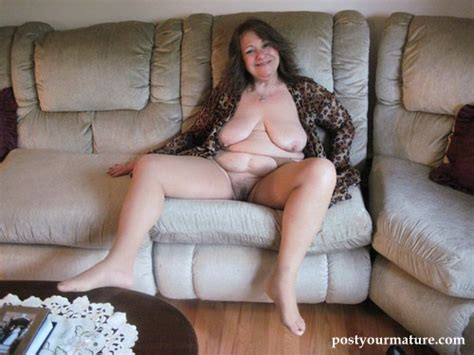 Old Women With Saggy Tits Porno Look