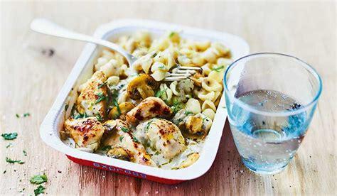 plats cuisin picard poulet et petites pâtes sauce aux chignons surgelés