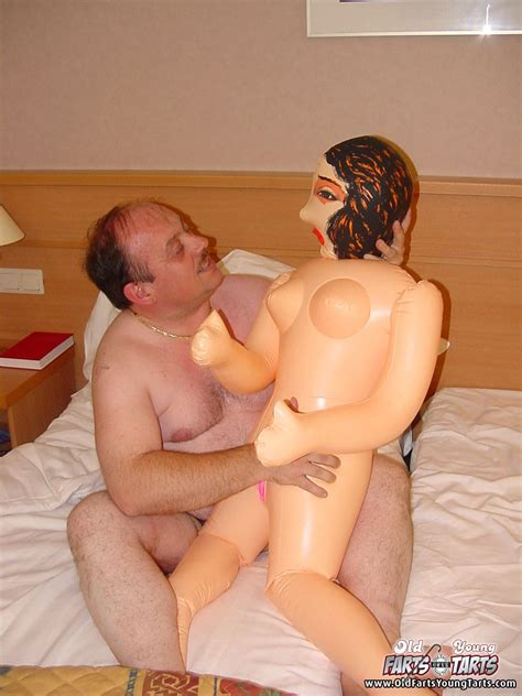 Old Man Fucks A Teen Slut After He Is Done With Blowup