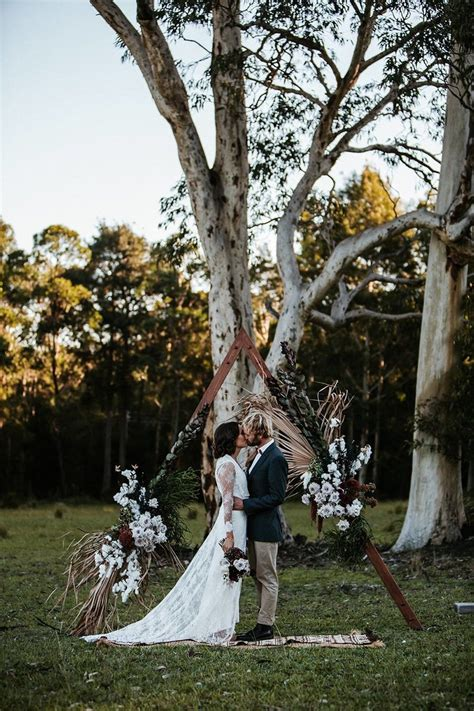 stunning woodland forest wedding ceremony ideas