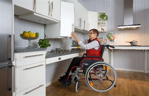 kitchen design for wheelchair user ropox designing kitchens and bathrooms cpd dolman 7935