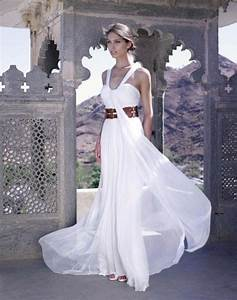 top 10 wedding dress designers topteny 2015 With top 10 wedding dress designers