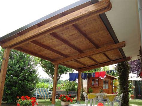 costruire tettoia in legno suggerimenti e consigli su come realizzare una tettoia in