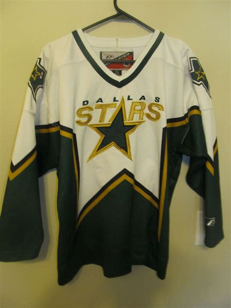 Dallas Stars hockey jersey - Pro Player Youth Large / XL # ...