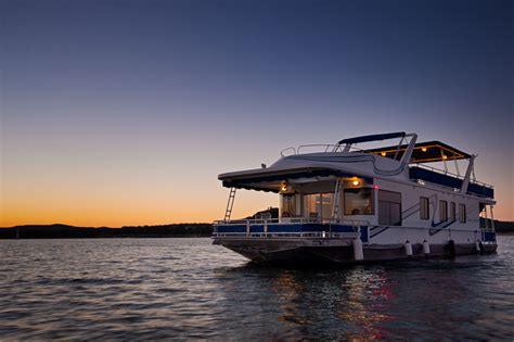 Party Boat Rentals Houston Tx by Rent A Houseboat In Texas At Lake Travis Houseboat Rentals