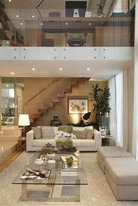 Idee Deco Salon Blanc Et Gris 14 Choisir Un Escalier
