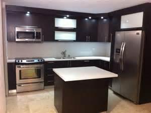 gabinetes pvc topes en cuarzo gabinetes cocina by alm