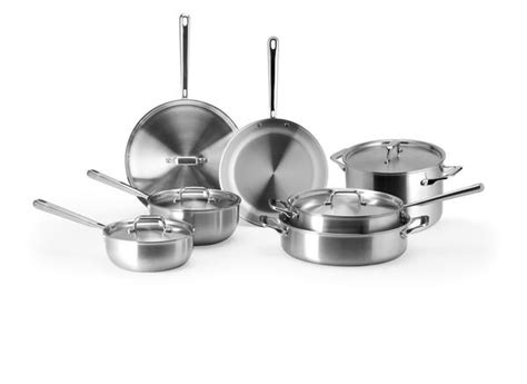 cookware images essential pots  pans