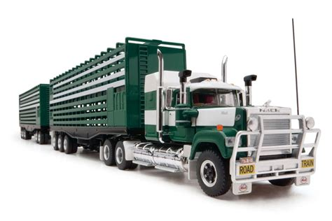 12001 Livestock Road Train | Highway Replicas