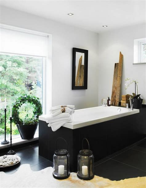 Bathroom Spa Decor by Appealing Bathroom Design With White Tub Black Edge Plant