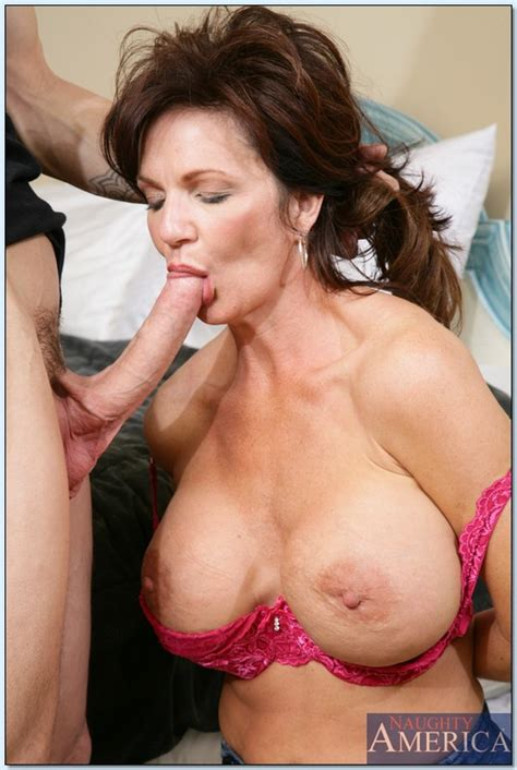 Mrs Deauxma Rides A Young Cock And Gets A Sperm On The Tits
