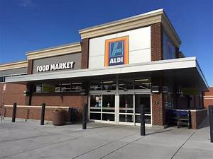 Aldi vs. Walmar... Aldi