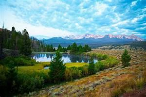 Sawtooth Mountain Vacation - Sunset