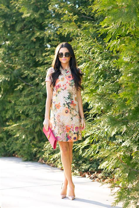 Wedding guest outfit ideas | It Girl Weddings