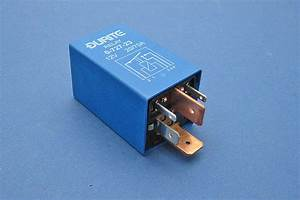 Split Charge Relay 20  70a