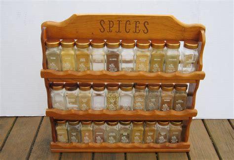 30 Jar Spice Rack by Griffith S Spice Rack 30 Gold Lid Glass Bottles Kitchen
