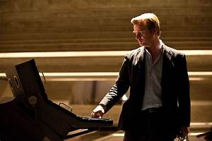 Christopher Nolan issues statement on Colorado shooting at ...
